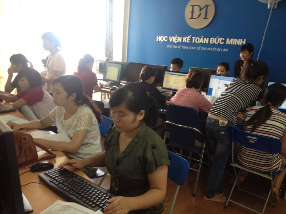 lớp học kế toán sản xuất thực hành thực tế tại hà nội